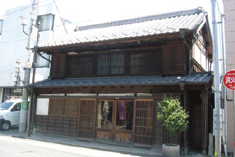 『小倉商店店舗』の画像