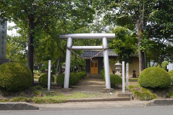 『外塚羽黒神社』の画像