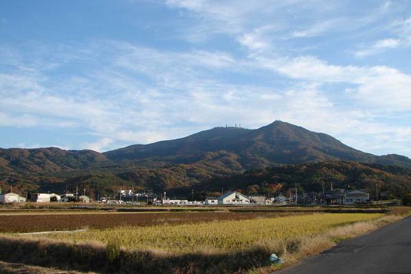 『山並みと田園風景4』の画像