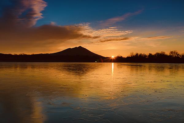『母子島遊水地からの日の出』の画像