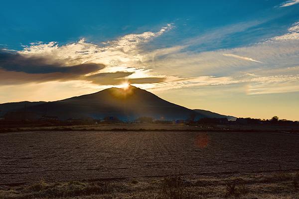 『宮山ふるさとふれあい公園北西からの初日の出』の画像